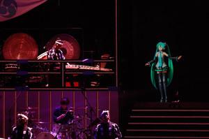 传统与现代的碰撞!初音未来×鼓童特别演唱会将在NHK放送!-ANICOGA